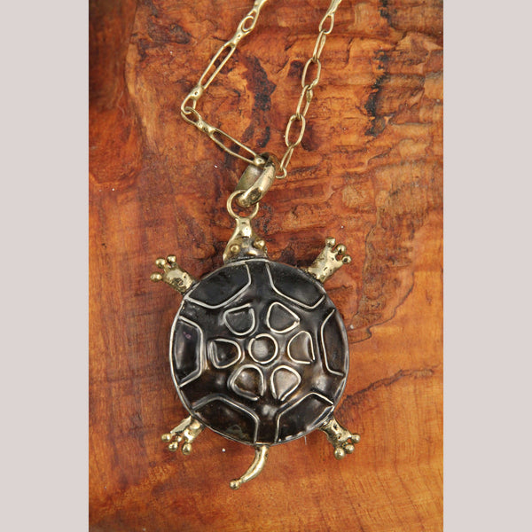 Hand Crafted/Tooled Necklace/Jewelry Mexico Folk Art Bronze Collectible Brown Turtle