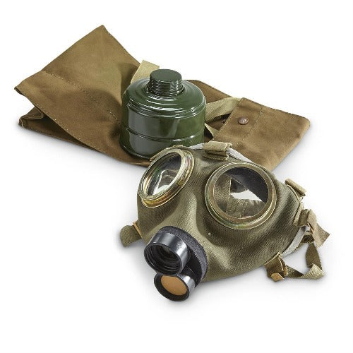 Used Hungarian M76 Military Surplus Gas Mask with 40mm Filter and Bag