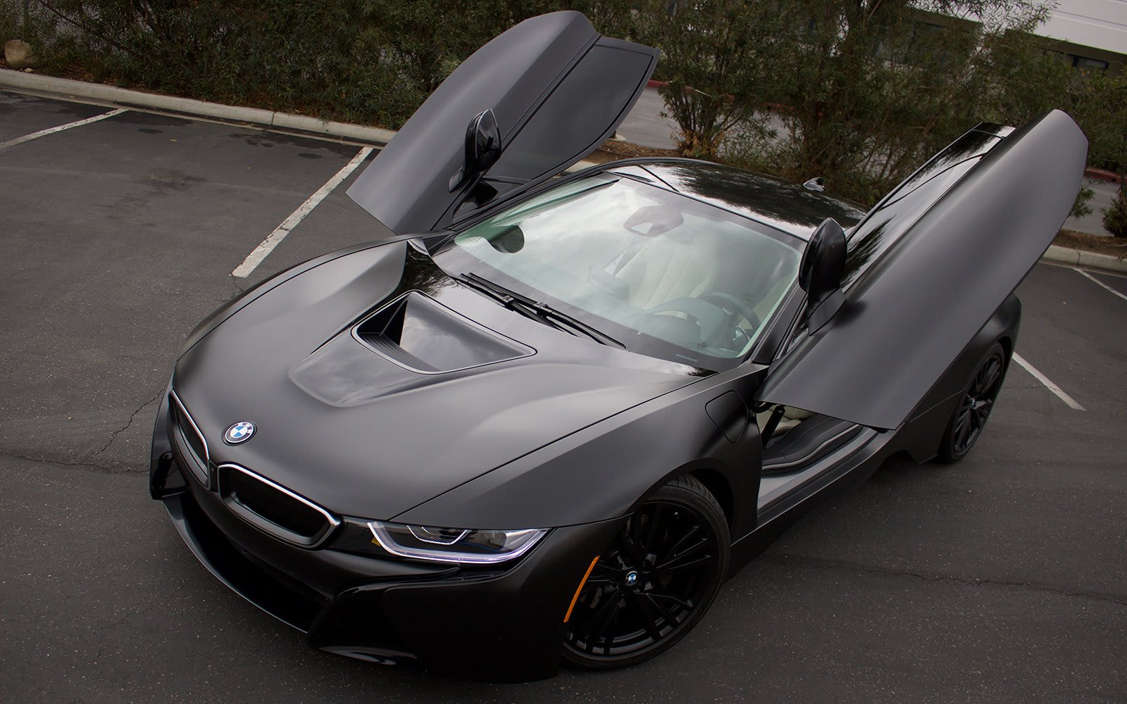BMW i8 Vehicle Wrap | Autoskinz