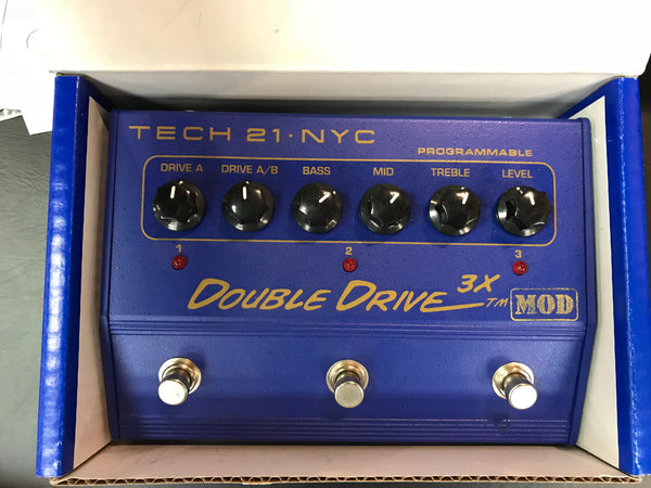 Tech 21 Double Drive 3X USED (With manual and in original box!)