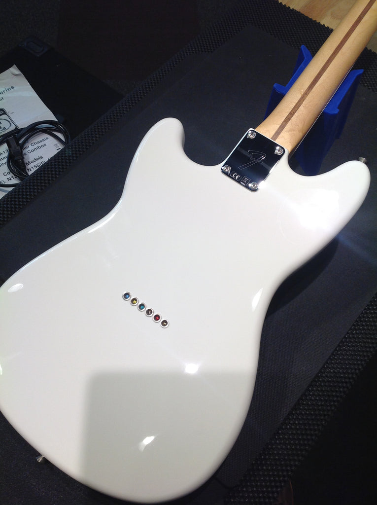 Fender Duo-Sonic™ Arctic White 2016