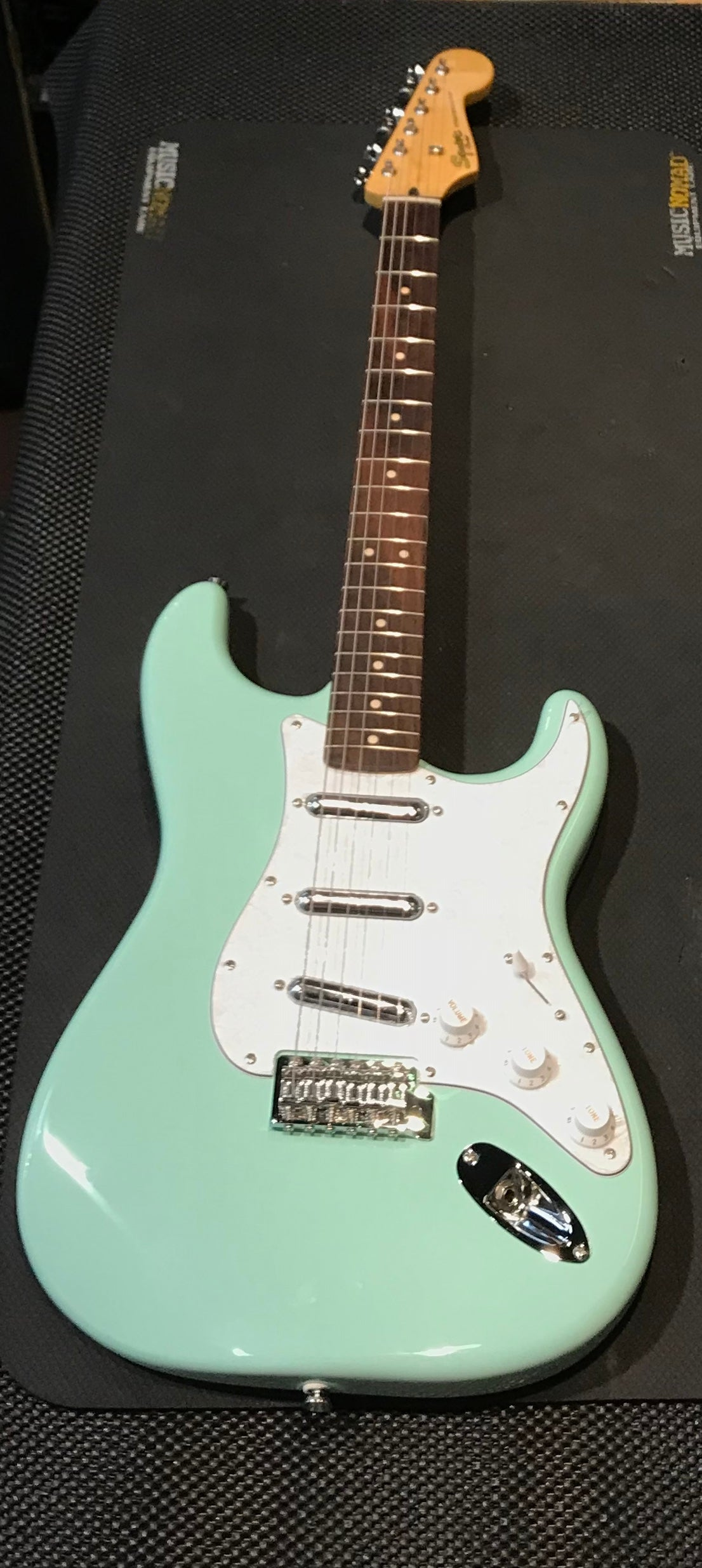squier vintage modified surf stratocaster wadsworth music