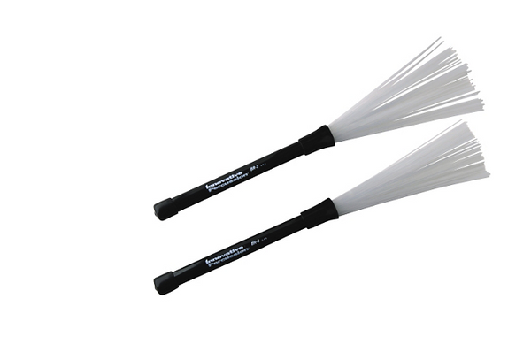 Innovative Percussion BR‑2 Medium Retractable Brushes