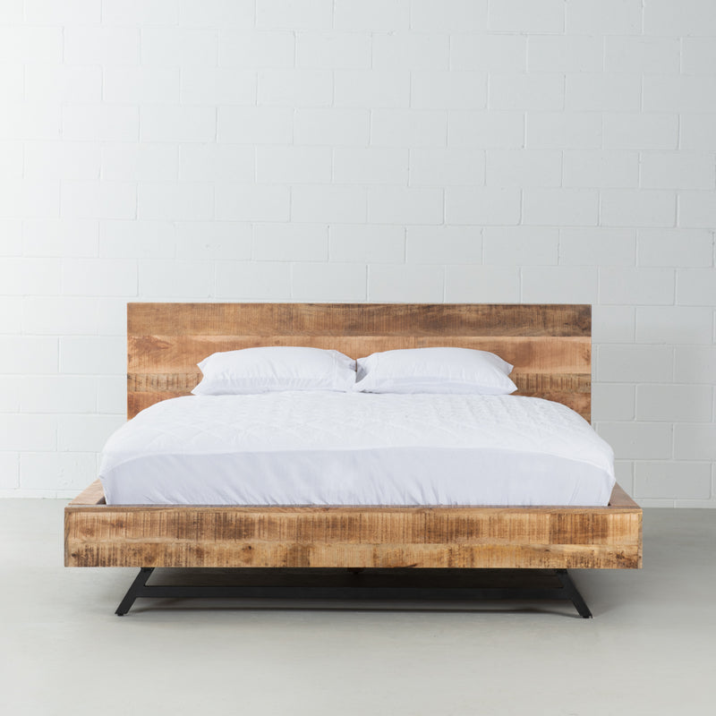MAURA - Mango Wood Bed