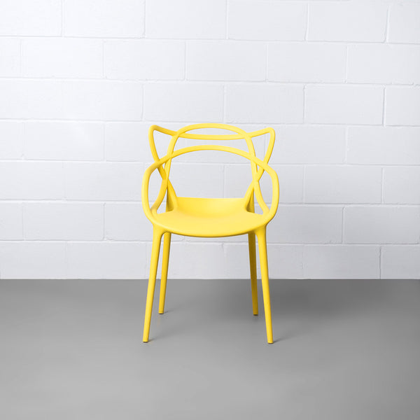 MASTERS - Yellow chair