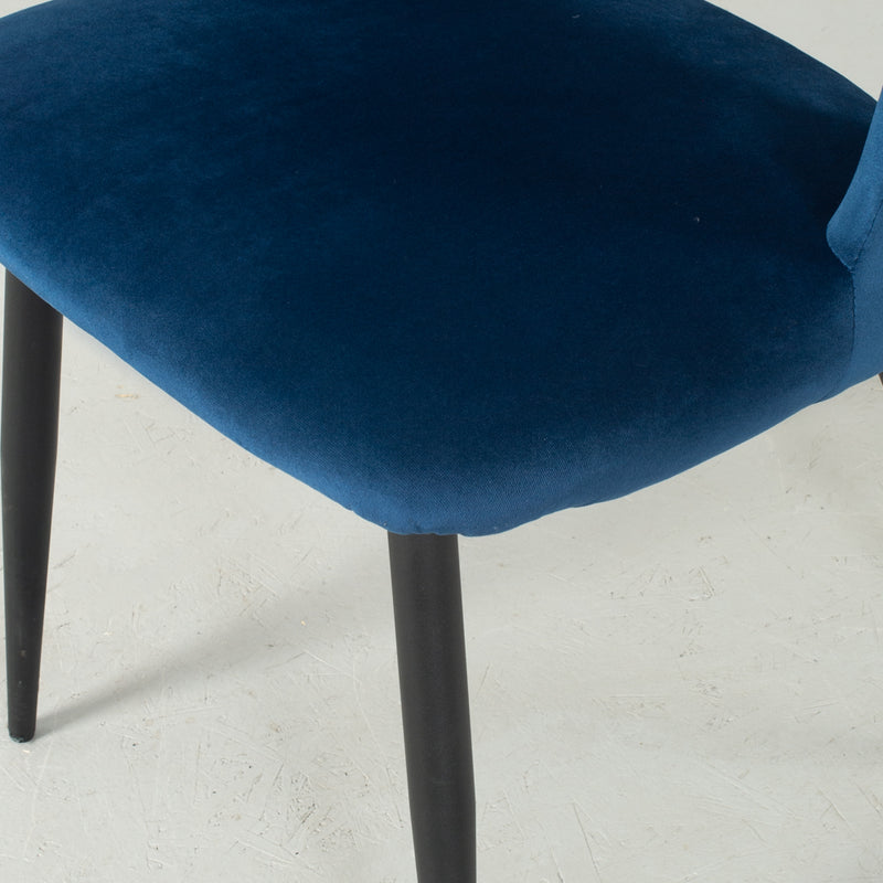 WALTER - Blue Velvet Chair