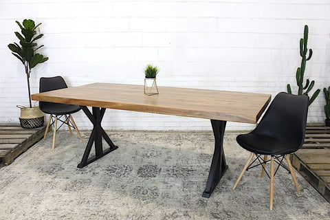 Straight Cut Acacia Natural Wood Table with Black Farmhouse Legs/Natural