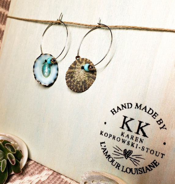 LIMPET SHELL & NATIVE AMERICAN TURQUOISE earrings