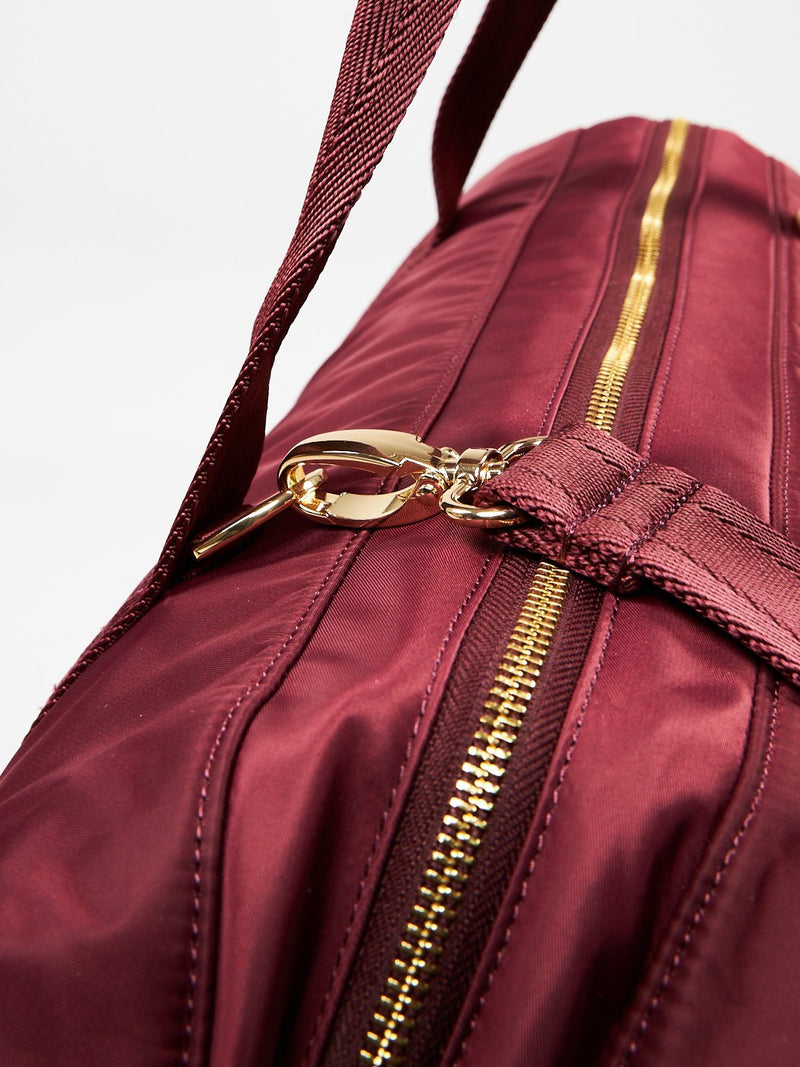 Game Changer Duffle - Windsor Wine