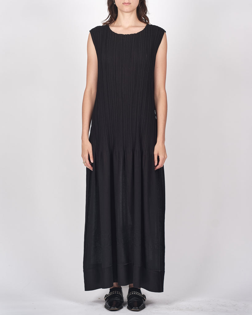 Issey Miyake subtle stitch pleated dress
