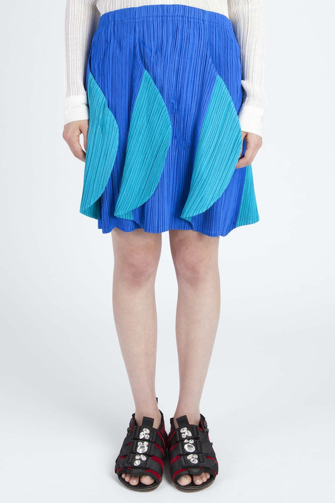 Issey Miyake <br> Pleated Wave skirt
