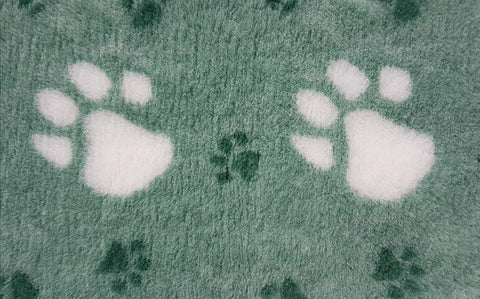 VET BED - RUBBER BACKED - GREEN WITH LARGE WHITE PAWS