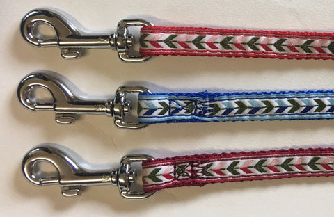 BEAU PETS PUPPY CLIP LEAD RIBBON ARROW DESIGN - 10MM  X 120CM