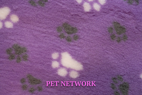 VET BED - GREEN BACKED - LILAC WITH WHITE AND GREY PAWS