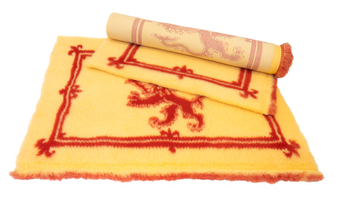 VET BED - RUBBER BACKED - SCOTTISH RAMPANT LION FLAG - APPROX 100cm x 75cm