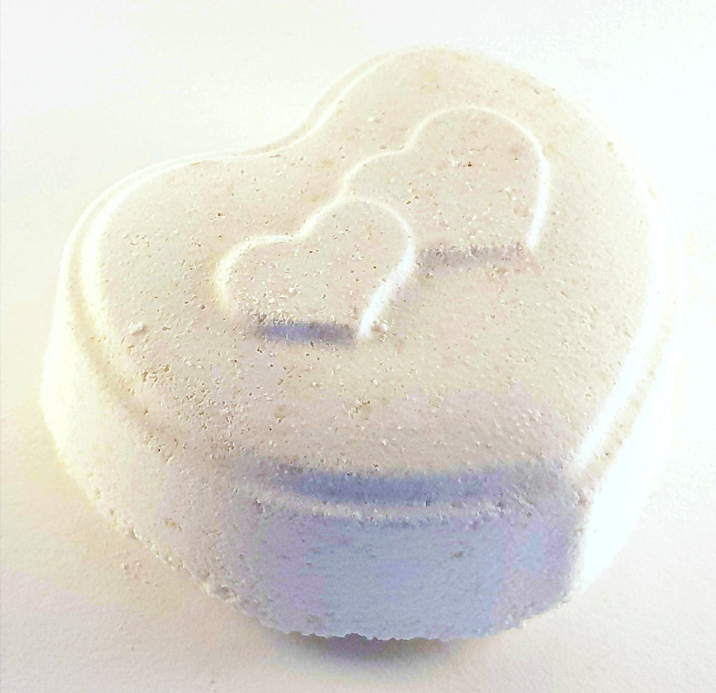 White Chocolate & Vanilla Bath Bomb