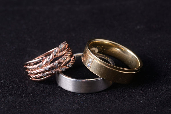 Mixing Metals: Tips on Combining Silver & Gold Jewelry Pieces