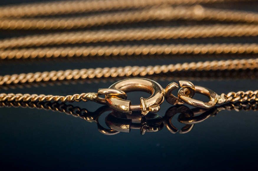 gold necklace chain clasp