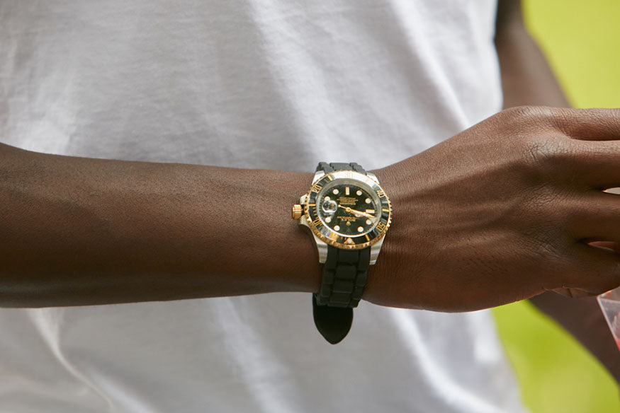 man wearing rolex submariner