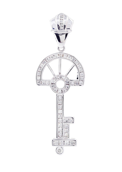 Diamond Key Pendant | 1.03 Carats | 5.96 Grams