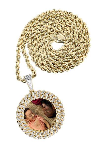 10K Yellow Gold Small Diamond Round Cuban Picture Pendant & Rope Chain | Appx. 18 Grams