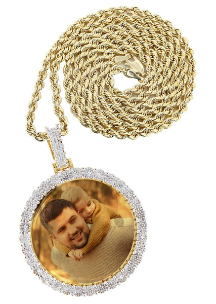 10K Yellow Gold Diamond Round Picture Pendant & Rope Chain | Appx. 19 Grams