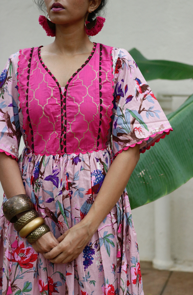 Cotton Dress : Banjaaran Dress In Powder Pink