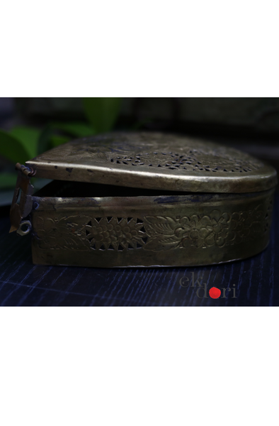 Vintage Brass Home Decor : Vintage Pooja Brass Box