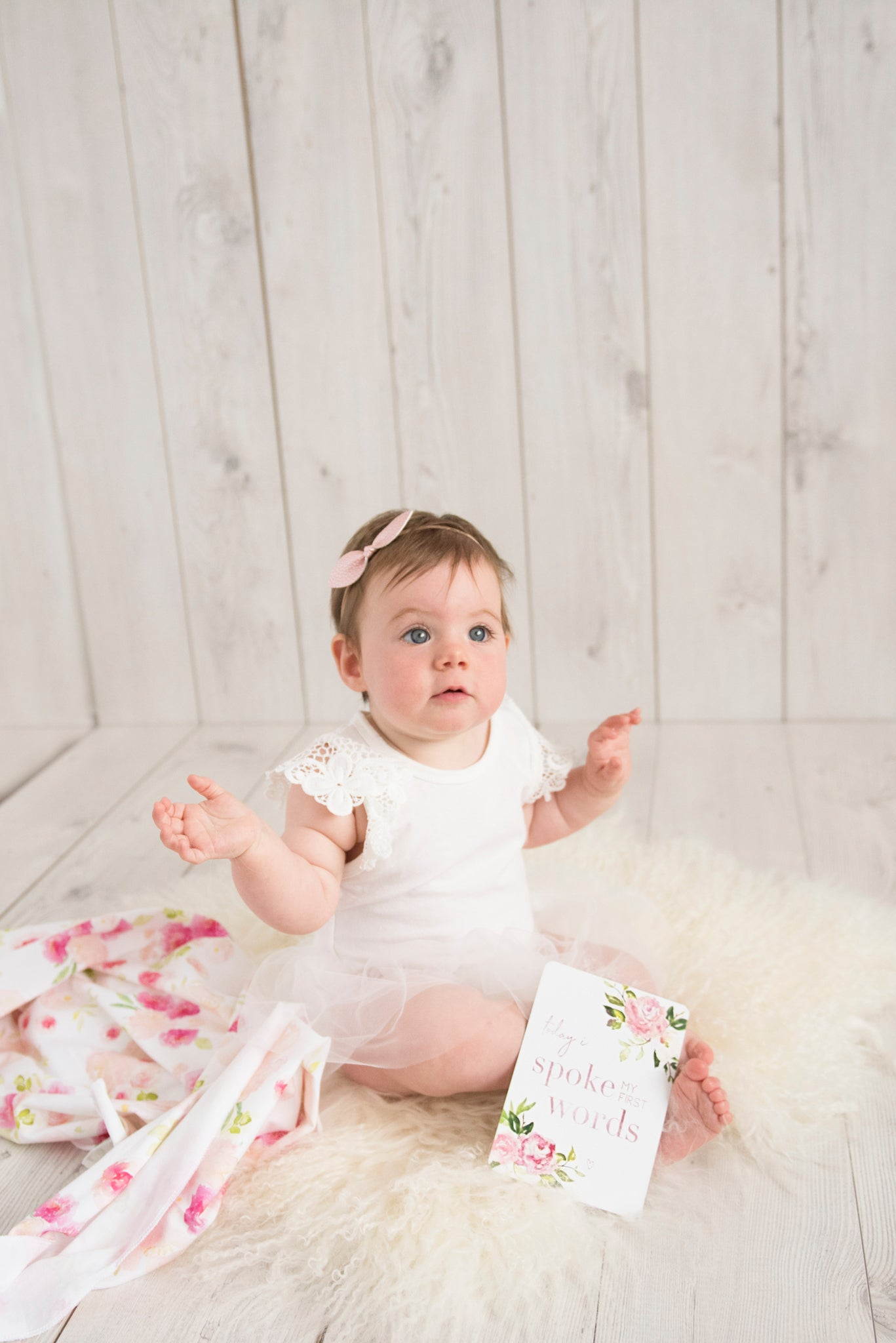 Baby Milestone Cards |  Luxe Collection |  Hunny Blossom Stylish Baby Milestone Cards + Baby Announcement Baby Wraps + swaddles - - AfterPay - Free Shipping - lovepaperink.com.au