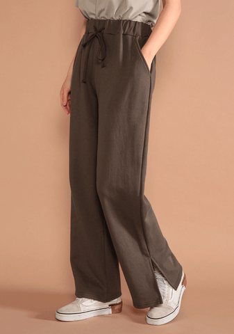 Easy Slit Sweat Pants