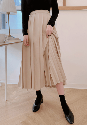 In Your Hands Long Pleats Skirt