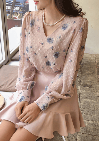 Chuu Made Lovely Floral Blouse