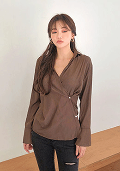 Light Autumn Button Blouse