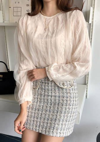 Wave Lace Round Neck Blouse