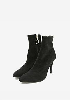 Daily Black Shuckle Heels