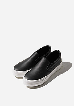 Simple Leather Heeled Sneakers