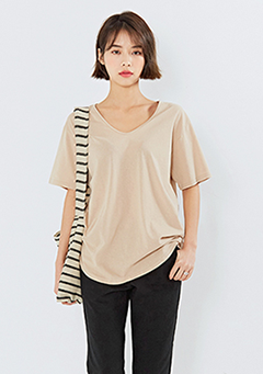 Loosely Simple V-Neck T-Shirt