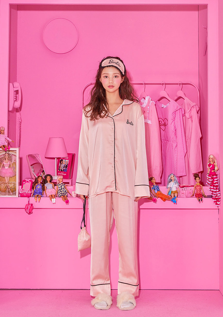 Barbie Room. Sleeping Pajama Set