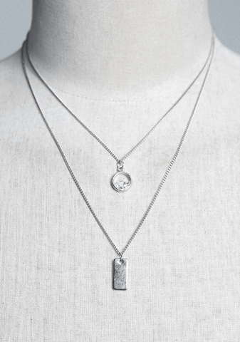 The Cube Pendant Three Ranks Necklace