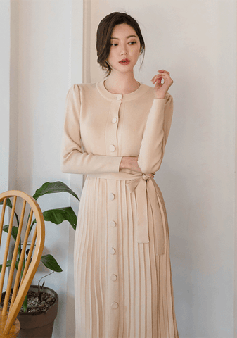 Round Button Pleated Midi Dress