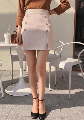 Cappuccino Buttoned H-line Skirt