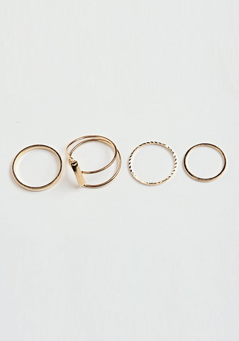 Simple Pointed Ring Set