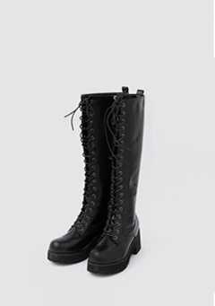 Up To Point Heeled Boots