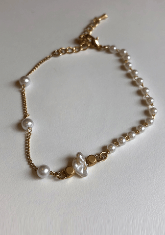 Queen Of The Sea Pearl Bracelet