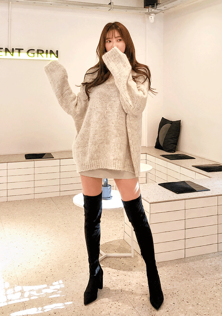 Long Sleeve Light Soft Knit