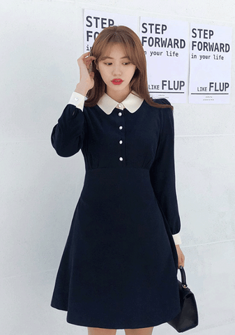 Round Collar Pearl Button Dress