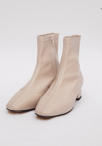 Smooth Lines Ankle Boots 3.5 cm
