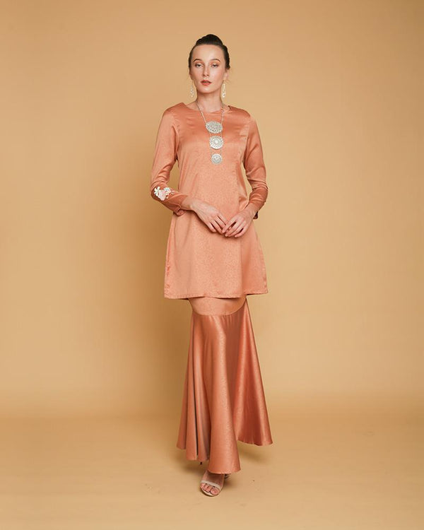 Queen Luxe Kurung Copper