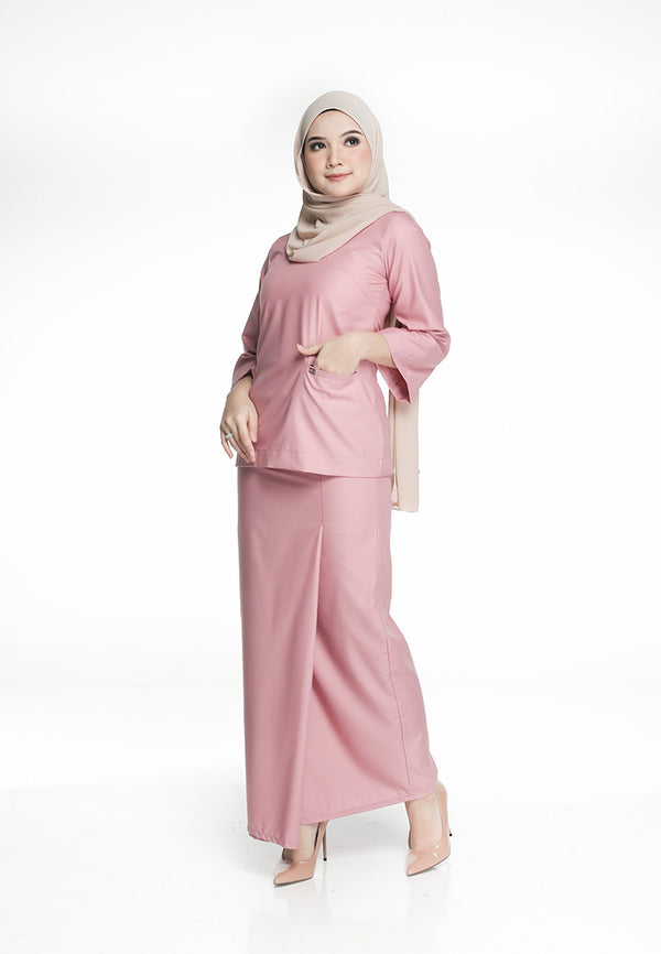 Azizah Mini Kurung Berry Pink