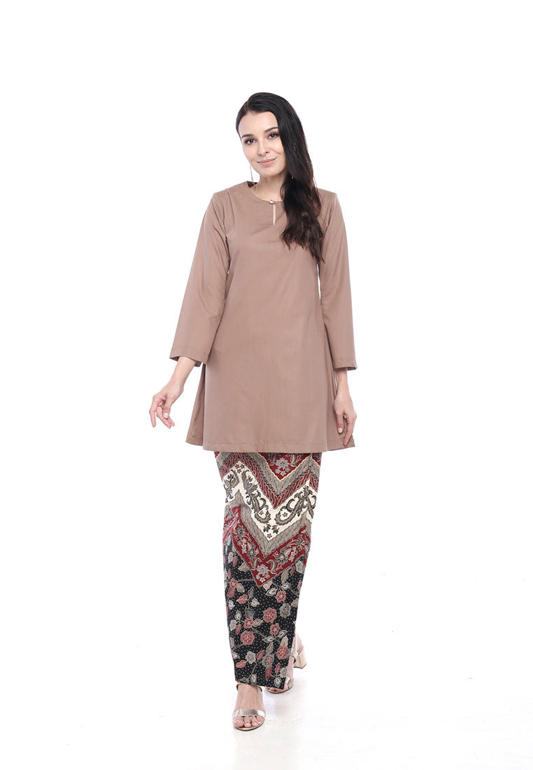 Kurung Riau Batik Dalia Dusty Brown